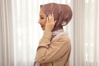 Gambar-4-Tutorial-hijab-segi-empat-dengan-aksesoris